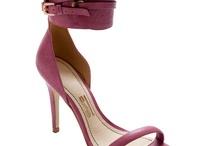 Sapatos / by Camylla Fioravante