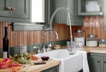 Kitchens / by Kimberly Culcasi