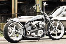 Custom Motorcycles / by Gary Hall