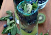 drinks / by Racheli Zusiman