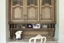 Cabinetry at it's finest. / by Jann Neiers-Squires
