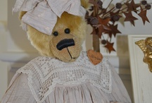 Bears / by Mandy Foot - Seams Sew Together