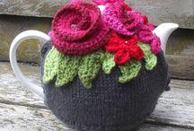 Tea Pots / by Anita Irvine