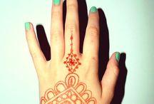 Henna hands / by Aimie Bussmann