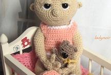Crochet Toys  / by Bonnie Parsons