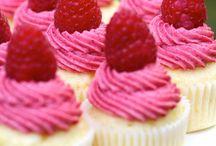 Let Them Eat Cupcakes / by Charlotte Kilvington
