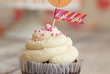 Cupcakes / by Caren Lee