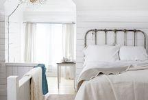Bedroom / by Mirielle Bastiaans