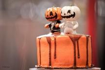 Halloween Wedding Cakes / by Diane Castro