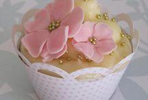 W cakes!  / by nancy serna