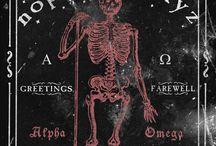 Ouija Board / by Lulu Parkinson