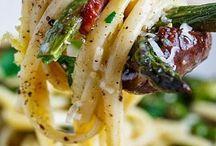 Pasta / by Rachael Hopper