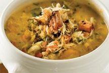 Recipes Yum !  / by Melissa Cranford