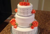My cake creations / Cakes / by Hailee Rozier
