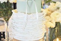 Is THAT a cake? / Breathtaking cakes from others / by Astrids Bakkerij
