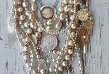 Jewelley ideas / by Gillian Cossins