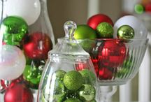 Holiday Decor/Crafts / by Jeuelle Sam