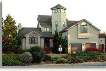 Dream Homes / by Christina Delp