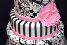 Cakes / by Shannon Moore