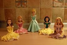 "Princesses Bell, Cinderella, Snow White, Aurora, Rapunzel / Fondant figures by Studio ""Fondant Design Ana"" Art work by Ana Milev Nikolic - Serbia / by Figurice Za Torte"