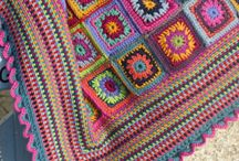 Blankets / Couvertures - crochet / by Isabelle Eloy