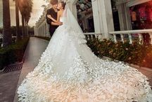 Breathless!!  Wedding Dresses!! / by Debbie Kaspar