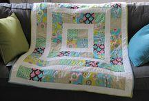quilts-a-plenty! / by LeAnn Boman