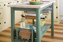 Kitchens / by Dottie Tallon
