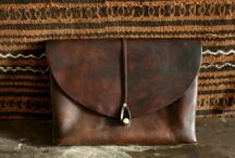 Leather goods / bags ands things in nice leather / by paulino ruiz
