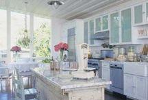 kitchens / by Gloria Lueras-Kidd