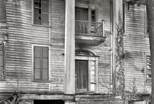 Gorgeous homes, new and old / by Teresa Hargis
