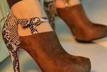 Pretty Shoes / by Martha Mutile
