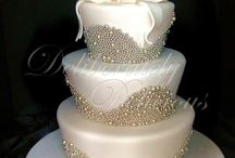 Beautiful Cakes / by Minna Angelis