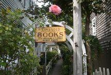 Bookshops / by Amanda Patterson