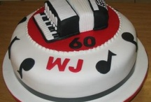 19 - Cakes: Music / by Paula Rodrigues