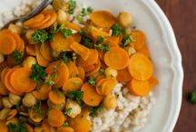 Clean & Lean / Recipes for clean meals / by Heather Ezzell