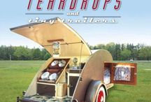 Tear Drop Camping / Teardrops, and tiny trailers. / by Cherie Jorstad