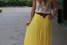 Fashion&Style: Pretty Pleats / by Chicisimo .