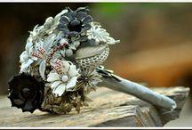 Bridal Bouquets / Beautiful bouquets / by deBebians