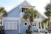 Exterior House / by Rachel Hickmer