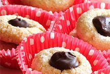 A+ Bars/Cookies/Candy / by Betty Ann Bartanen Cody