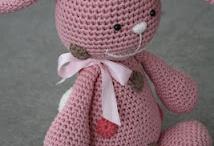 Crochet Projects / by Missy Larson-Sarginson