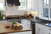 kitchens / by Leah Teran