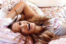 Laugh and Be Happy. / by Ainara Blancas
