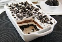 Desserts, Desserts, and more DESSERTS!!! / by Kari Helm