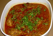 Spl South indian Chicken masala / South India is famous for both veg and non-veg. However you pullup your smell whenever you reach to place where making chicken masala, Chicken kolambu ....taste it!  / by trip Trip