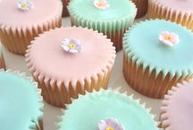 Pretty Cakes & Cupcakes / by Such Pretty Things (by Jessica Enig)