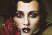Make-up Inspiration / by Rebecca Yeates