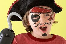 Face Painting Kiddos FAST for large groups / by Kelly Larsen