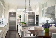 White Kitchens / by Online Interior Design